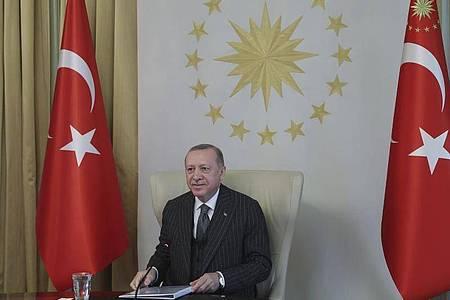 Recep Tayyip Erdogan, Präsident der Türkei. Das Land ist aus der sogenannten Istanbul-Konvention ausgetreten, die Gewalt an Frauen verhindern und bekämpfen soll. Foto: Uncredited/Turkish Presidency/AP/dpa