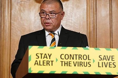 Der britische der Epidemiologe und Regierungsberater Jonathan Van-Tam. Foto: Pippa Fowles/No10 Downing Street/dpa
