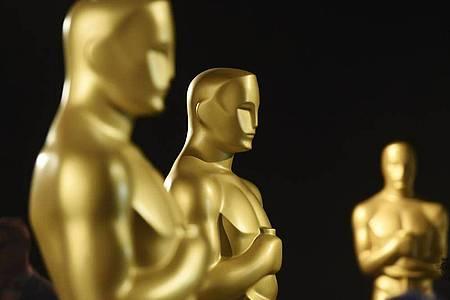 Oscar-Statuen stehen bereit. Foto: Chris Pizzello/Invision/AP/dpa