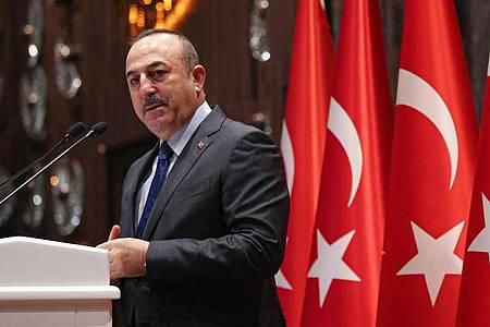 Verärgert über US-Präsident Bidens Aussage: Der türkische Außenminister Mevlüt Cavusoglu. Foto: -/Pool Turkish Foreign Ministry/AP/dpa