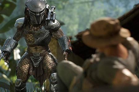 Wird es die Kralle oder die Schulterkanone?Hier ist die Jagd auf den Predator schiefgegangen, und der Jäger wird zum Gejagten. Foto: Sony Interactive Entertainment/dpa-tmn