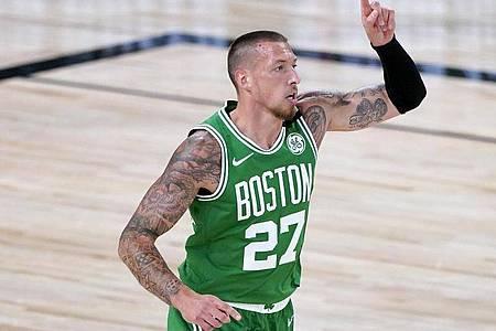 Zeigte im Spiel gegen Toronto eine starke Leistung: Daniel Theis von den Boston Celtics. Foto: Ashley Landis/Pool AP/dpa