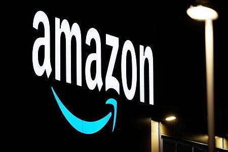 Der Online-Riese Amazon profitiert von der Corona-Krise. Foto: Soeren Stache/dpa-Zentralbild/dpa