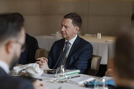 Sachsens Regierungschef Michael Kretschmer besucht Moskau und spricht mit Putin über den Fall Nawalny. Foto: Pawel Sosnowski/Sächsische Staatskanzlei/dpa