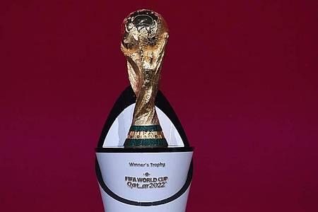 Fußball-Weltmeisterschaften sollen eventuell ab 2026 alle zwei Jahre stattfinden. Foto: Kurt Schorrer/FIFA/dpa