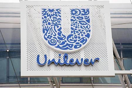 Bis zum Jahresende will der Konsumgüterriese Unilever keine US-Werbung mehr bei Facebook und seiner Tochter Instagram schalten. Foto: Daniel Reinhardt/dpa