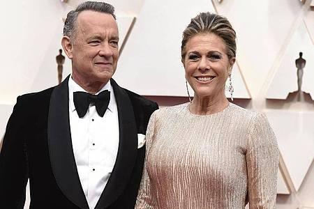 Tom Hanks und Rita Wilson sind mit dem Coronavirus infiziert. Foto: Jordan Strauss/Invision/AP/dpa