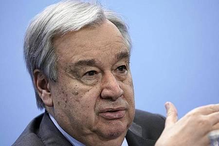 UN-Generalsekretär António Guterres: «Wegen Covid-19 bedroht nun eine nie gesehene Gesundheits-, Wirtschafts- und Gesellschaftskrise Leben und Existenzgrundlagen.». Foto: Michael Kappeler/dpa/Pool/dpa