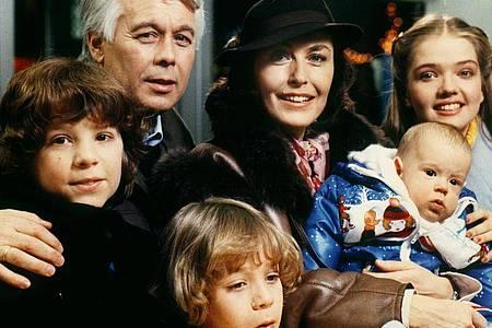 «Ich heirate eine Familie»:TV-Klassiker mit Peter Weck und Thekla Carola Wied. Foto: Dieter Klar/dpa