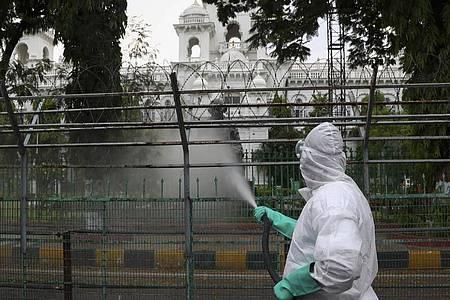 Indien ist weltweit das Land mit den zweitmeisten Corona-Infizierten. Foto: Mahesh Kumar A/AP/dpa