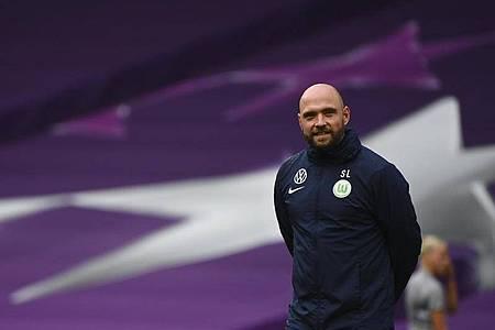 «Um Lyon bezwingen zu können, benötigen wir einen perfekten Tag», sagt VfL-Trainer Stephan Lerch. Foto: Gabriel Bouys/POOL AFP/AP/dpa
