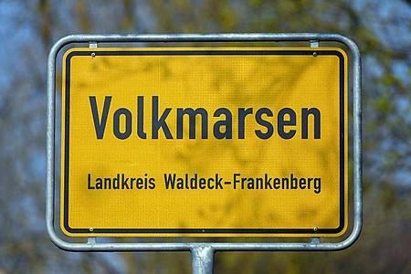 Am 24. Februar 2020 war in Volkmarsen ein Auto in eine Zuschauermenge von einem Rosenmontagsumzug gefahren. Foto: Uwe Zucchi/dpa