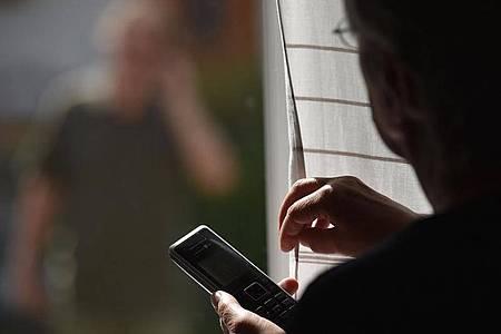 Die Bundesregierung will Opfer von Stalking besser schützen. Foto: Angelika Warmuth/dpa