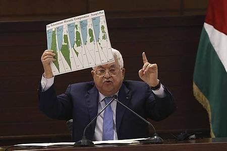 Palästinenserpräsident Mahmud Abbas ist empört über die Vereinbarung von Bahrain mit Israel. Foto: Alaa Badarneh/POOL EPA/AP/dpa