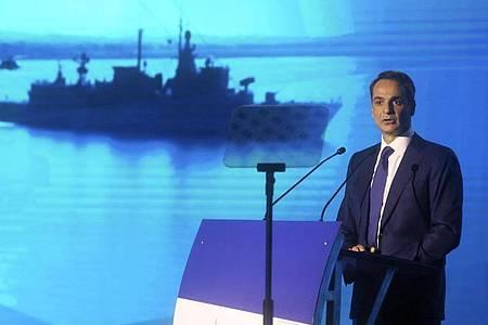 Warnung an Ankara: Der griechische Regierungschef Kyriakos Mitsotakis kündigt ein Aufrüstungsprogramm an. Foto: Giannis Moisiadis/InTime News/AP/dpa