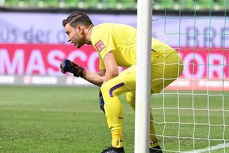 Soll das Tor der Tschechen hüten: Jiri Pavlenka darf als einziger Spieler von Werder Bremen ein Länderspiel bestreiten. Foto: Carmen Jaspersen/dpa