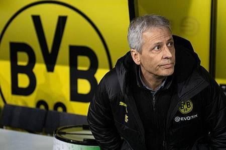 Um die Zukunft von Dortmunds Trainer Lucien Favre gibt es erneut Diskussionen. Foto: Bernd Thissen/dpa