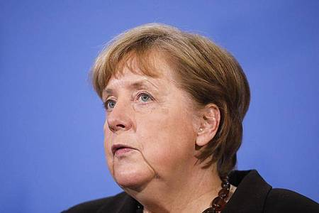 «Mit unserem Verhalten können wir das starke Wachstum der Infektionszahlen wieder bremsen», sagt Kanzlerin Merkel. Foto: Markus Schreiber/AP POOL/dpa