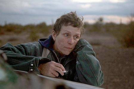 Frances McDormand als Fern in einer Szene des Films «Nomadland». Foto: Joshua James Richards/20th Century Studios/Disney /dpa