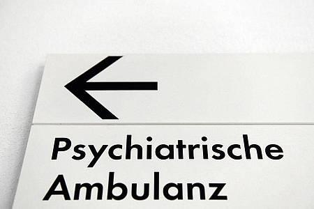 In Berlin kommen seit Beginn der Corona-Pandemie deutlich mehr Kinder und Jugendliche zur Behandlung in psychiatrische Kliniken. Foto: Maurizio Gambarini/dpa