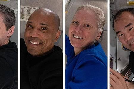 Die US-Astronauten Michael Hopkins, Victor Glover, Shannon Walker und ihr japanischer Kollege Soichi Noguchi (von links) haben die ISS verlassen. Foto: NASA/dpa