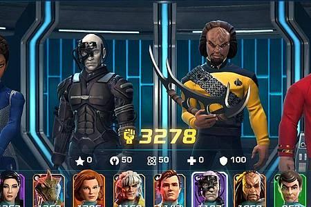 Michael Burnham, ein Borg, Worf und Scotty auf dem Transporter-Pad. Bei der Mischung kann ja nichts mehr schief gehen. Foto: Tilting Point/dpa-tmn