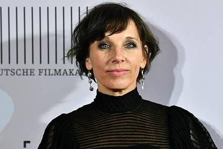 Die Schauspielerin Meret Becker will besser als vorher aus der Krise rausgehen. Foto: Soeren Stache/dpa