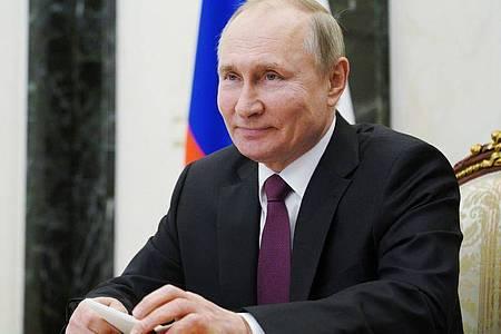 Wladimir Putin, Präsident von Russland, in einer Videokonferenz. (Archivbild). Foto: Alexei Druzhinin/Pool Sputnik Kremlin/AP/dpa