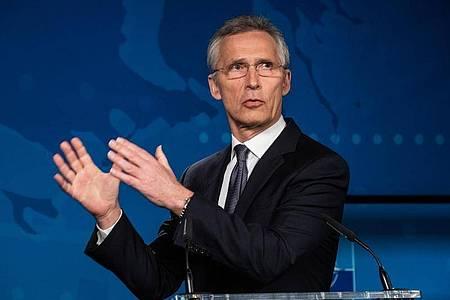 Jens Stoltenberg, Generalsekretär der Nato, spricht bei einer Pressekonferenz. Foto: -/NATO/dpa