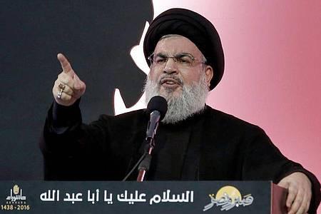 Hassan Nasrallah, Hisbollah-Chef, spricht am Aschura-Tag. (Archivbild). Foto: picture alliance / dpa