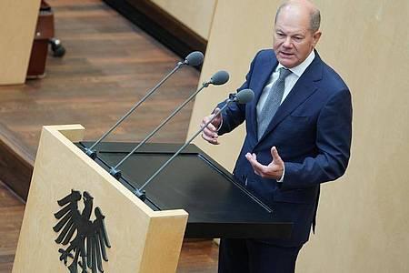 Finanzminister Olaf Scholz will auch im kommenden Jahr die im Grundgesetz verankerte Schuldenbremse aussetzen. Foto: Jörg Carstensen/dpa