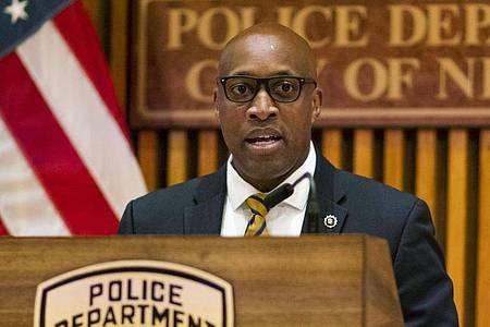 Die New Yorker Polizei gibt am 17. Juli eine Pressekonferenz. Foto: Eduardo Munoz Alvarez/ AP/dpa