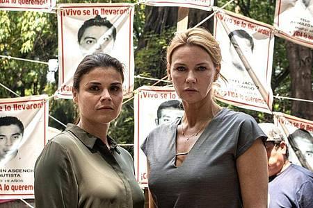 Sabine Stengele (Veronica Ferres) ist mit der Menschenrechtsanwältin Christiane Schuhmann (Katharina Wackernagel)nach Mexiko gereist. Foto: SWR/Nurivan Mendoza Memije/dpa