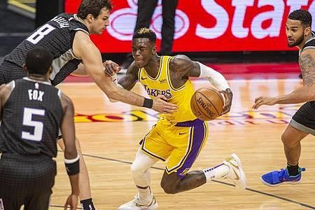 Konnte trotz einer überzeugenden Leistung die Lakers-Niederlage gegen die Sacramento Kings nicht verhindern: Dennis Schröder. Foto: Hector Amezcua/AP/dpa