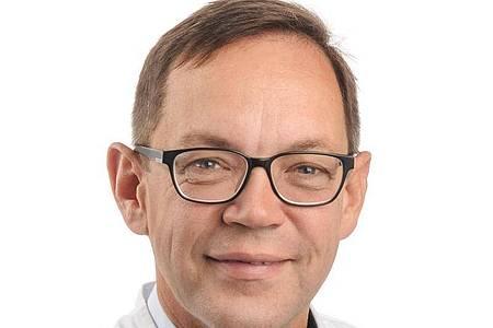 Professor Robert Rödl ist Vorsitzender der Vereinigung für Kinderorthopädie. Foto: Erk Wibberg/UKM/dpa-tmn
