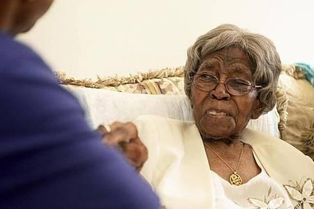 Hester McCardell Ford starb im Alter von mindestens 115 Jahren in ihrem Haus im US-Bundesstaat North Carolina. Foto: Diedra Laird/The Charlotte Observer/AP/dpa/Archiv