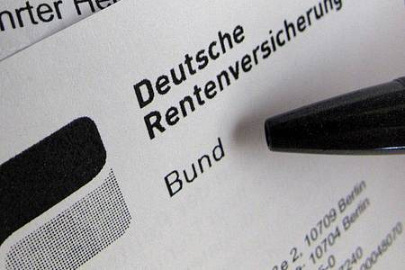 Arbeitgeber können ihre Angestellten nicht ohne Weiteres einseitig in die Rente schicken. Foto: Franz-Peter Tschauner/dpa/Illustration