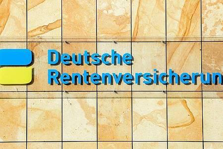 Eine Verbraucherallianz hat ein Ende der Riester-Rente 20 Jahre nach deren Start gefordert. Foto: Jens Kalaene/dpa-Zentralbild/dpa