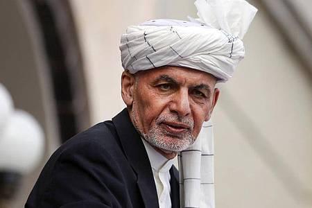 Aschraf Ghani im März während seiner Amtseinführungszeremonie im Präsidentenpalast in Kabul. Foto: Rahmat Gul/AP/dpa