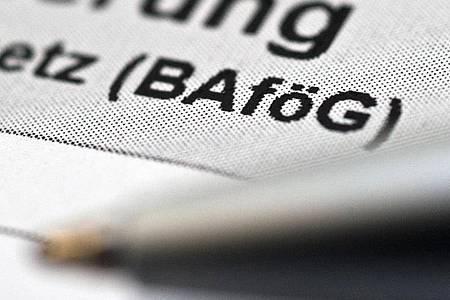 Wer Aufstiegs-Bafög bezieht, muss eine bestimmte Quote bei der Unterrichtsteilnahme nachweisen, um keine Rückzahlung zu riskieren. Foto: Andrea Warnecke/dpa-tmn