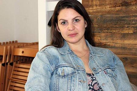 «Keine Bewegung nach vorn»: Anna Riwina leitet in Moskau eine Anlaufstelle für Opfer häuslicher Gewalt. Foto: Claudia Thaler/dpa