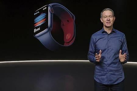 Apple präsentiert die neue Apple-Watch. Foto: Apple/Apple via AP/dpa
