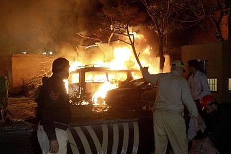 Mindestens vier Menschen sind bei einer Explosion in Pakistan getötet worden. Foto: Arshad Butt/AP/dpa