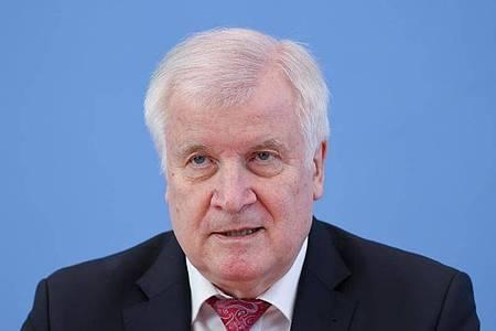 Bundesinnenminister Horst Seehofer (CSU) drängt auf eine Lösung. Foto: Fabrizio Bensch/Reuters-Pool/dpa
