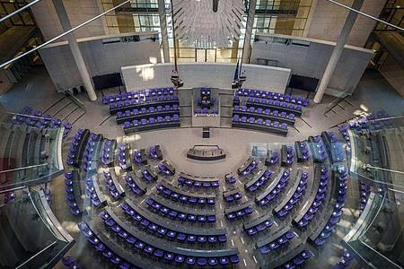 Die Sitzung des Bundestags findet heute unter 3G-Bedingungen statt. Foto: Michael Kappeler/dpa