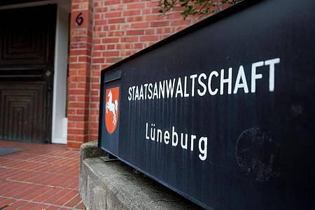 Die Staatsanwaltschaft Lüneburg ermittelt gegen insgesamt sechs Beschuldigte. Foto: Philipp Schulze/dpa