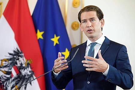 Österreichs Kanzler Sebastian Kurz (ÖVP) spricht bei einer Erklärung zum Thema «Aktuelle Lage und Ausblick auf den Herbst» im Bundeskanzleramt. Foto: Georg Hochmuth/APA/dpa