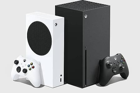 Die zwei neuen Xbox-Modelle im Vergleich:Die kompakte Xbox Series S (links) ist günstiger, dafür etwas schwächer. Neues Spitzenmodell ist die Xbox Series X(rechts). Foto: Microsoft/dpa-tmn