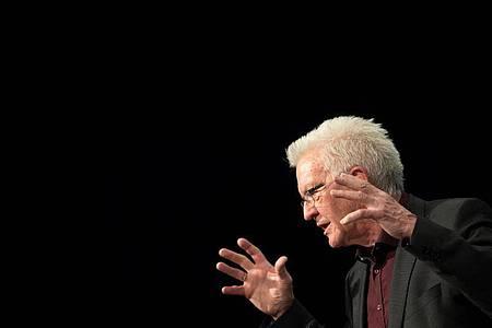 Winfried Kretschmann verspricht einen Wahlkampf, «wie ihn die Republik noch nicht erlebt hat». Foto: Marijan Murat/dpa