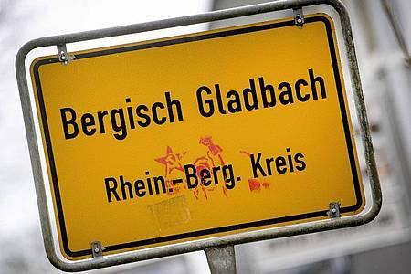Ermittlungen im Missbrauchsfall Bergisch Gladbach haben zu Dutzenden Durchsuchungen geführt. Foto: Federico Gambarini/dpa